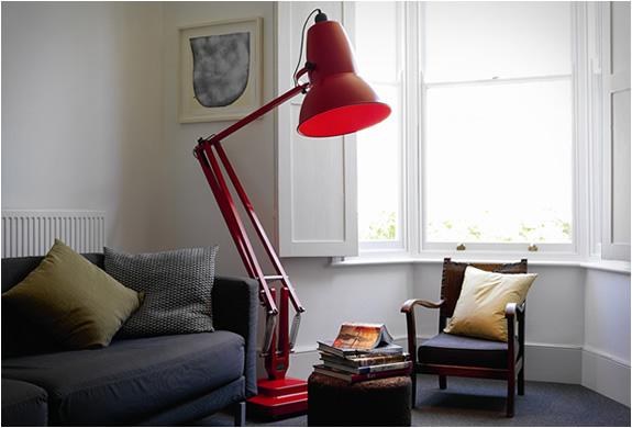 #anglepoise #giantfloorlamp #nikinterieurkleuradvies #blog